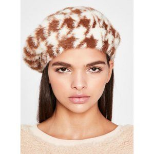 New Houndstooth Holmes N' Watson Fuzzy Beret Hat